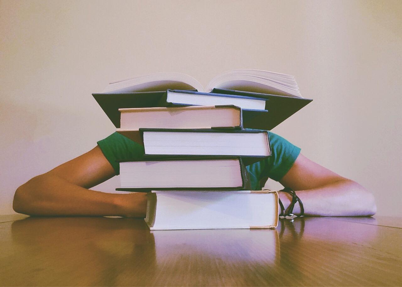 公務員試験にまぐれ合格はない。辛い状況でも積み上げるべし