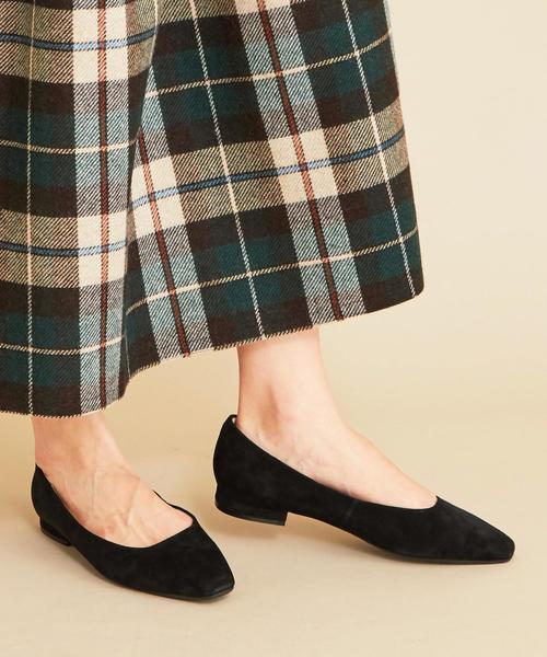女性公務員の靴①パンプス