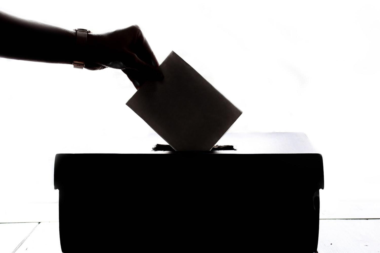 元公務員の僕が、絶対に選挙に行かない理由